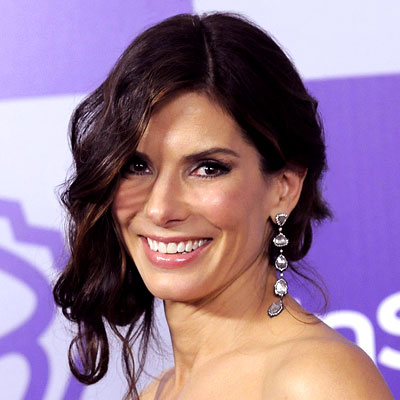 Sandra Bullock Hairstyles on Eve It Looked Like Ryan Reynolds And Sandra Bullock Were A Couple A
